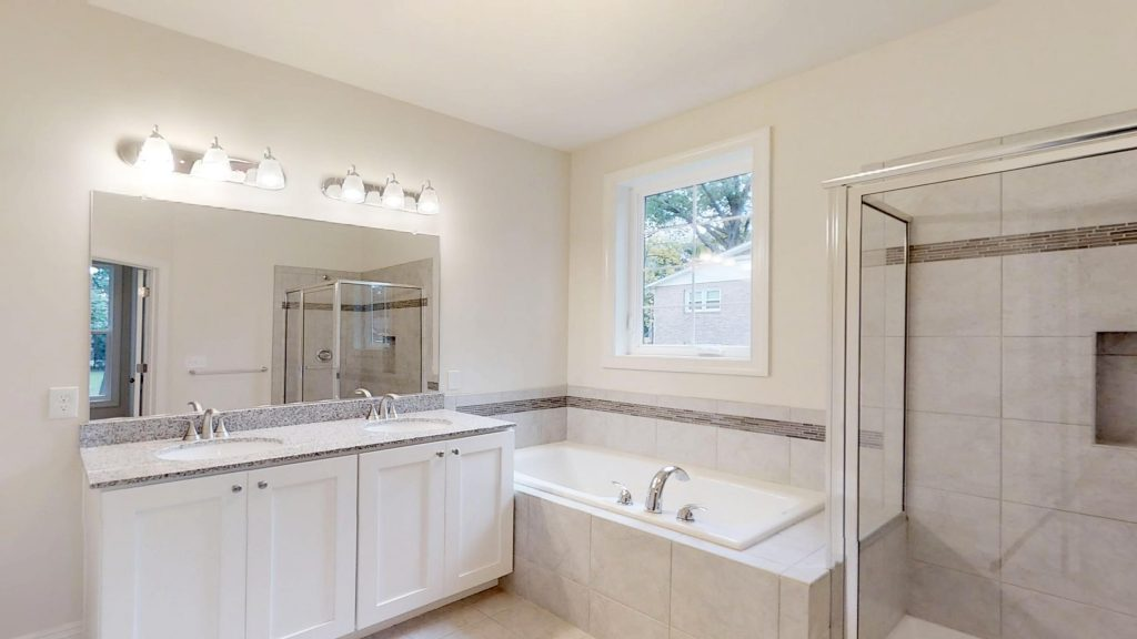 Tips for Designing the Master Bathroom